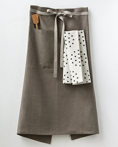 NEW Bark Linen Café Apron, with Colander tea towel and a handcrafted wooden spatula.