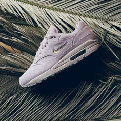 f4c6d037711 Nike Air Max 1 Premium SC Jewel
