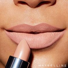 The perfect drugstore nude lipstick. Maybelline Loaded Bolds lipstick in 'Nude Thrill' is a gorgeous neutral toned nude that will look perfect with a bold eye look.