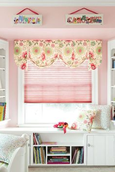 Kid's Bedroom window coverings from @Travis Smith+Noble . Love pink and green together... mostly green :).