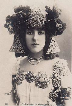 "emilienne d alencon 1900s one of the ""Three Graces of the Belle Époque"" along with Liane de Pougy and Caroline Otero    the Folies Bergere  1889"