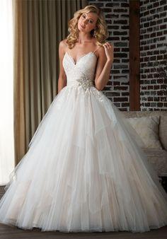 Tulle Wedding dress   Sweetheart spaghetti straps   ball gown   Champagne Wedding dress   Bonny Bridal 308