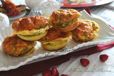 Mini Flan di Frittatine, appetizer delle feste. Soffici nuvolette cotte a forno da riempire a piacere, per un pre pasto gustoso e originale.