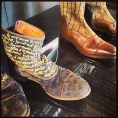 Le Barbanera shoes interpretate dall'artista Davide Dormino #mfw #elle_italia #shoes #whiteshow #artisanal