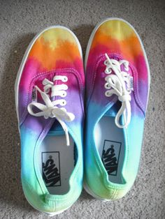 Rainbow Vans-- If you know how to get these PLEASE tell me I'm in progress of learning how to tye-dye them myself ; Tie Dye Vans, Tie Dye Shoes, How To Dye Shoes, Dyed Shoes, Vans Pintados, Crazy Shoes, Me Too Shoes, Keds, Ty Dye