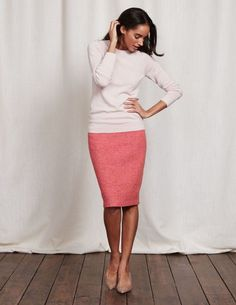 Sigh. I have a thing for pencil skirts I think! I have a lot of them and need pants and tops more, but sure love this outfit/combo.