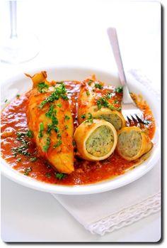 Ne recherchez pas dans cette recette les ambiances des tables référencées... Là vous entrez dans le terroir qui fait de l'Italie un pays de gastronomes. Laissez vous tentez par ce plat. et racontez nous!  Encornets farcis à la sicilienne   Poisson