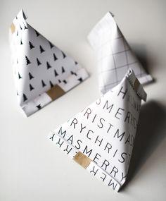 Zahlen auf als Schlauch drucken, dann einzeln abschneiden. Make cute triang… Numbers on print as a tube, then cut off individually. Make cute triangular gift bags – DIY – Fairytale Christmas Source by off diy Diy Gift Bags Paper, Origami Gift Bag, Diy Gift Box, Diy Box, Paper Gifts, Homemade Gift Bags, Origami Envelope, Paper Bags, Christmas Gift Bags