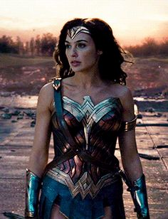 We provide you with daily photos, gifs and news about Wonder Woman and Gal Gadot. Wonder Woman Art, Gal Gadot Wonder Woman, Wonder Woman Comic, Wonder Woman Cosplay, Harey Quinn, Gal Gardot, Woman Movie, Dc Movies, Dc Characters