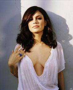 Showbiz Hottie: TV Chick Rachel Bilson more @ http://www.luvcelebs.com