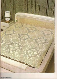 Vintage Bedspread, filet work ♥LCB♥ with diagram