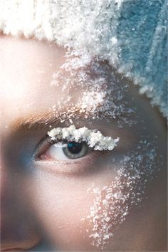 Photo: Sophie Delaporte for Vogue Italia. Snow Queen, Ice Queen, Mythos Academy, Foto Fashion, Shades Of White, Fantasy Makeup, Winter White, The Balm, Fashion Photography