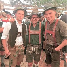 Lederhosen, Hot Men, Hot Guys, Trendy Outfits, Germany, Friends, Hats, Fashion, Root Beer