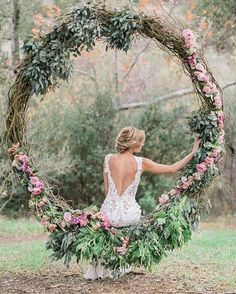 The lush greens + blush roses give off a Southern romantic element that gives us all the feels. More