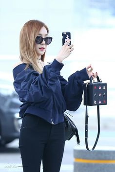 #fashion #snsd #tiffany #tiffanyhwang #소녀시대 #티파니  #fashionqueen #pfw2016  #kpop  #hair #iphonecase