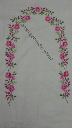 Prayer Rug, Cross Stitch Borders, Cross Stitch Embroidery, Table Runners, Sketches, Crochet, Bobin Dantel, Caligraphy, Embroidery Ideas
