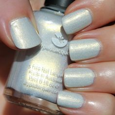 Indie Polish Lovers United - December 2015 - Lilypad Lacquer Unicorn Pearls