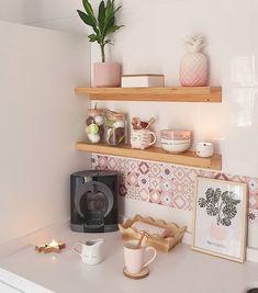 Coffee Corner Kitchen, Coffee Bar Home, Home Coffee Stations, Kitchen Room Design, Kitchen Art, Kitchen Decor, Kitchen Shelves, Rainbow Kitchen, Coffee Bar Design