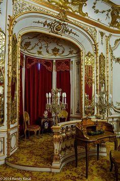 places to see  .. X ღɱɧღ    Peles Castle, Romania
