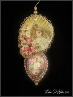 Victorian Christmas Ornament - Lace and Roses Fan