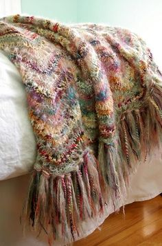 Absolutely Fabulous Throw pattern by Peggy MacKenzie Absolutely Fabulous Throw (knitted, but easily transferable for crochet) Crochet Afghans, Knitted Shawls, Knitted Blankets, Knit Crochet, Yarn Projects, Knitting Projects, Crochet Projects, Knitting Patterns, Crochet Patterns