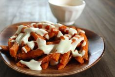 Sweet Potato Cheese Fries with Gouda Sauce | a healthy take on cheese fries!