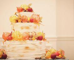 ホテルウェディングにぴったり!大人可愛いウェディングケーキまとめ | marry[マリー]