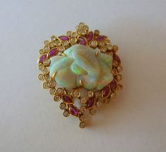 this fits on about 5 of my boards, it can go here. LOVELY HUNK OF OPAL!!!! Vintage,18k. Yellow Gold, Opal, Diamond & Ruby Pin Gems Jewelry, Jewelery, Cheap Jewelry, Jewelry Box, 1950s Jewelry, Vintage Jewelry, Types Of Opals, October Birth Stone, Gems And Minerals
