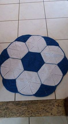 Beading Patterns Free, Free Pattern, Crochet Patterns, Tablerunners, Baby Accessories, Baby Patterns, Soccer Ball, Kids And Parenting, Tatting