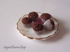 Chocolate muffins/cupcakes  112 scale dollhouse by SugarCharmShop, $11.00  OLD BUT GOLD.