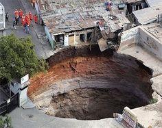 Sinkhole, Guatemala City 2007 #Sinkhole #Guatelmala City