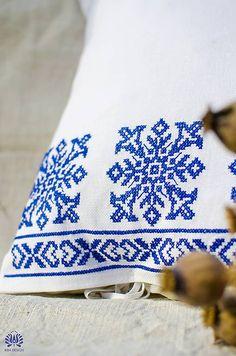 BibaDesign / vyšívaná obliečka na vankúš