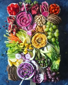 food platters \ food _ food recipes _ food videos _ food photography _ food and drink _ food recipes for dinner _ food aesthetic _ food platters Veggie Platters, Party Food Platters, Veggie Tray, Veggie Food, Charcuterie And Cheese Board, Cheese Boards, Charcuterie Spread, Good Food, Yummy Food