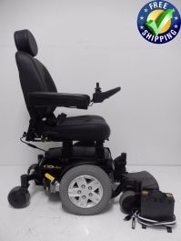 This Quanutm Edge is in like new condition. The Edge comes with Solid tires, 4 built in anchor points, an adjustable seat and great suspension. Powered Wheelchair, Types Of Flooring, 1 Month, Anchor, Baby Strollers, Pride, Chairs, Range, Number