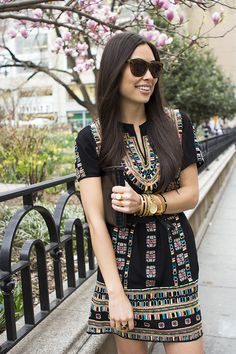 Embroidered dress - With Love From Kat Bcbg Dresses, Fashion Dresses, Neutral Outfit, Weekend Style, Mode Style, Dress Me Up, Pattern Fashion, Chic Outfits, Dress To Impress