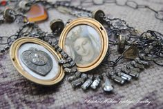 Locket w/vintage holy medal & prayer card image.