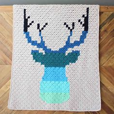 Hello ombre! This corner to corner crochet deer afghan will be a hit with your favorite baby, hipster or hunter! An iconic deer silhouette blanket is one of the few corner to corner crochet designs that's equally at home in a baby nursery, dorm room or man cave.