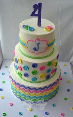 """Birthday cake""""Cute as a Button"""" theme"""