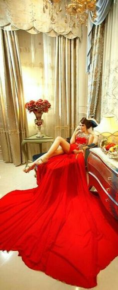 44 Ideas Dress Red Long Glamour Beautiful For 2019 Beauty And Fashion, Red Fashion, Fashion Shoot, Luxury Fashion, Estilo Fashion, Fashion Moda, Glamour, Beauté Blonde, Luxe Life