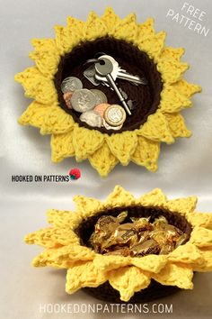 Free Sunflower Baskets Crochet Pattern by Hooked On Patterns. Brighten up your home with my new free basket crochet pattern! Fun and easy, great for beginners. DIY Crafts for summer and home. Crochet Motifs, Crochet Flower Patterns, Crochet Flowers, Crochet Stitches, Crochet Ideas, Fabric Flowers, Diy Flowers, Crochet Gifts, Cute Crochet