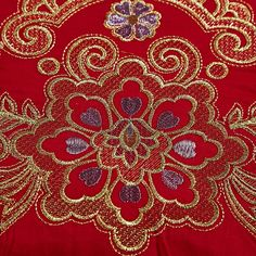 Red Egyptian Oriental Embroidery Cotton Wedding Luxury Bedding Sets Be – ATY Home Decor Red Pillows, Small Pillows, Red Wedding, Luxury Wedding, Flat Sheets, Bed Sheets, Japanese Style Bedroom, Luxury Bedding Sets, Sheet Sets