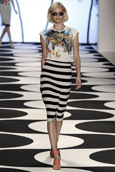 Nicole Miller | Spring 2015 Ready-to-Wear | 12 Multicolour printed short sleeve top and monochrome striped midi skirt