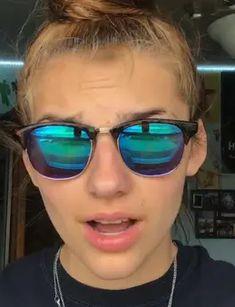 Hey Mama, I Love Girls, Lesbians, Tik Tok, Mirrored Sunglasses, Studs, Gay, Cute Outfits, Random