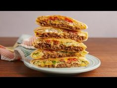 Homemade Crunchwrap Supreme better than Taco Bell Copycat Recipes, Meat Recipes, Mexican Food Recipes, Cooking Recipes, Hamburger Recipes, Cooking Games, Party Recipes, Cooking Classes, Gourmet