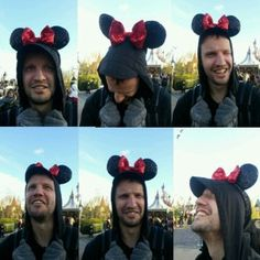 We were SO excited! - this is my silly boyfriend ^^, we finally went to Disney land and we LOVED every min! Paris In December, Disney Land, Mickey Mouse, Disney Characters, Fictional Characters, Boyfriend, Hands, Art, Art Background