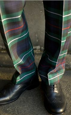 tartan pants - pretty swank. would love to see the rest of the outfit.