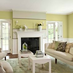 No-Fail Paint Colors for Small Spaces Transform hemmed-in rooms with 10 hues handpicked by our color pros. Their range may surprise you Living Room Colors, Living Room Paint, Small Rooms, Small Spaces, House Trim, Best Paint Colors, Paint Colours, European Home Decor, My New Room