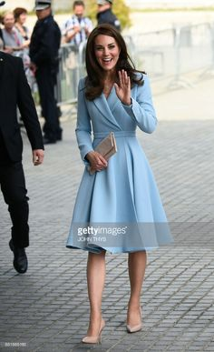 News Photo : Britain's Catherine, Duchess of Cambridge smiles...