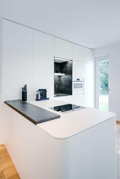 Beautiful Kitchens, Designer, Bathtub, Bathroom, Classic, Countertop, Closet, Standing Bath, Washroom