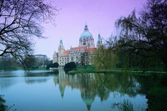 Hanover's City Hall, Germany  Hanover's City Hall or Neues Rathaus, built between 1901 and 1913 and overlooking the Masch Pond